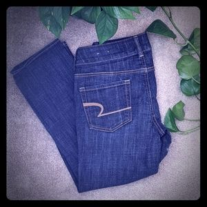 NWOT American Eagle Artist Crop Jeans Sz 4 REG